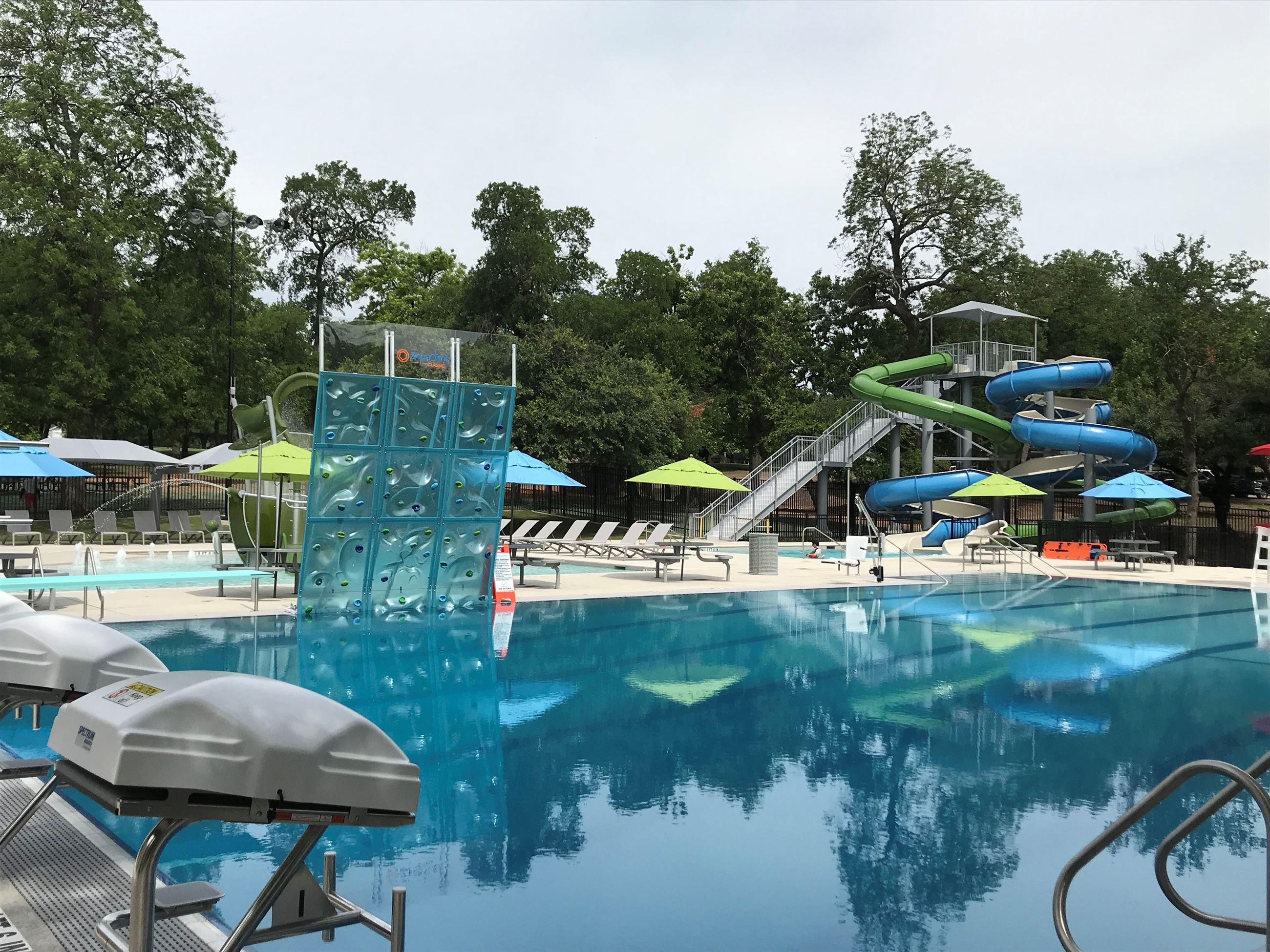 Kidd Springs Aquatic Center Lap Pool & Slide